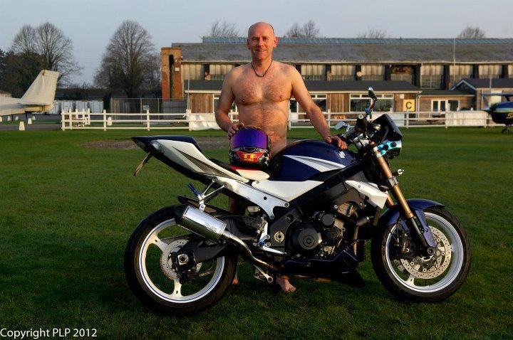 naked-bike-2