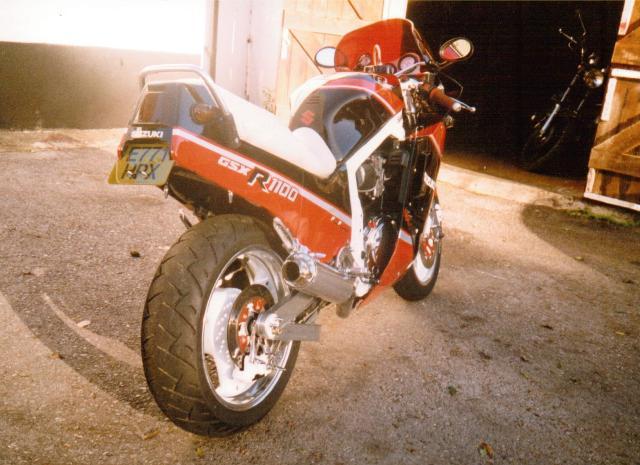 suzuki-gsxr-1100h